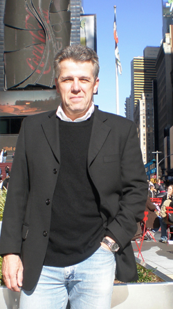 Photo of Hadyn James in New York, Nov 2009